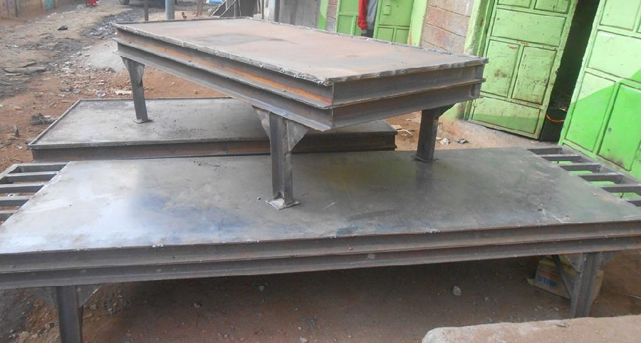 Vibration table